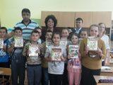 280 ученици от община Крумовград получиха нови учебници по майчин език