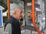 4 от 5 улични телефона в Хасково не работят, използват ги за лепене на афиши