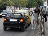Водачка на кърджалийски Фолксваген се заби в хасковско такси