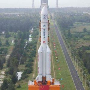 Китай изстрелва лунната мисия