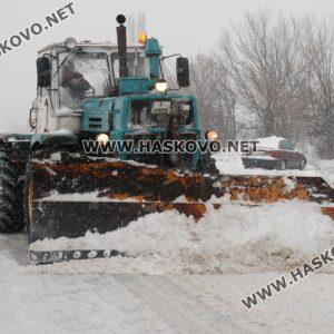 Очакват повече сняг, 160 машини ще чистят магистралата и републиканските пътища в Хасковско