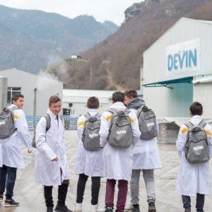 Рекорден брой ученици искат да станат техници по автоматизация в град Девин