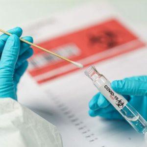 Седем на сто от ваксинираните медици в Истанбул са се заразили с коронавирус