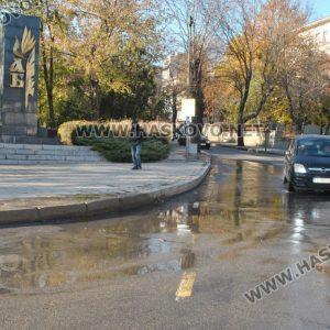 """Хасковлии сигнализираха за авария на тротоара край улица """"Стара планина"""""""