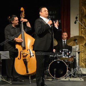 Брилянтен Васил Петров вдигна публиката на Хасково джаз на крака